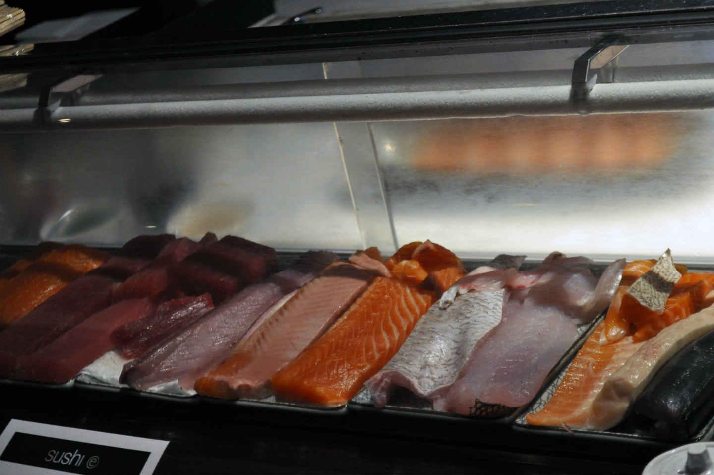 Quel couteau japonais pour les filets de poisson