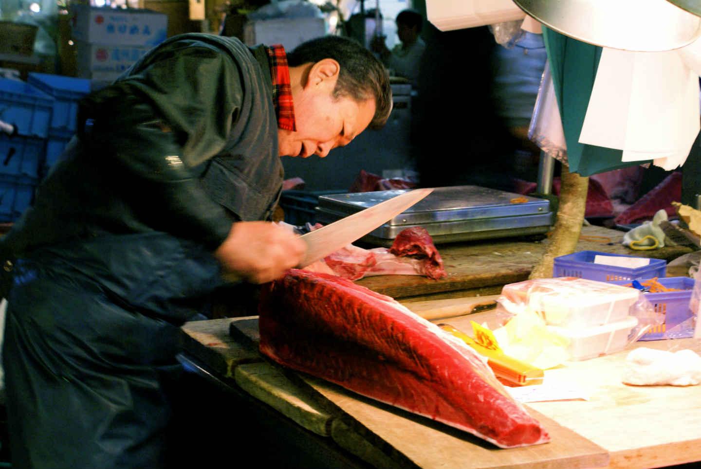 Quel couteau japonais utiliser pour le thon