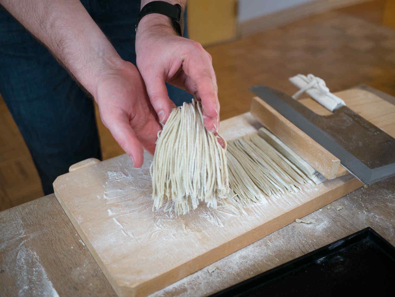 Quel couteau japonais pour couper les soba/udon